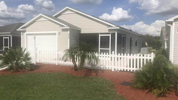 ID#1098 - Cancellation: Renters purchased a home in The Villages - Available now for Jan & Feb 2021 - Rates reduced $ 200.00 per month - -2 BED/2 BATH W/GOLF CART, WIFI & Cable, BETWEEN SUMTER LANDING & BROWNWOOD! - October thru December also 2020 Available