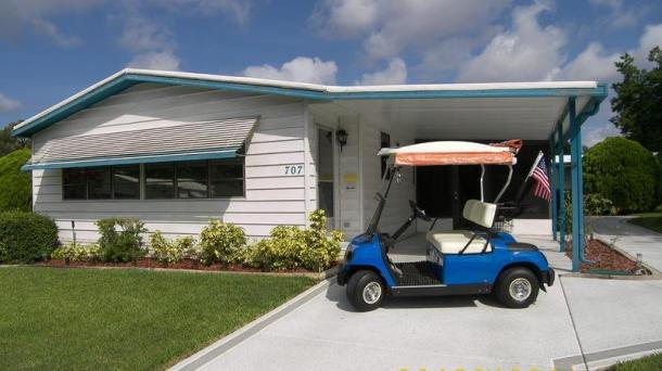 ID#75 - Sugar Shack - Roseapple Ave With Golf Cart